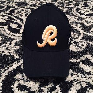 "e8e93d2142d Reebok Accessories - Ladies Washington REDSKINS ""R"" baseball hat cap 🏈"